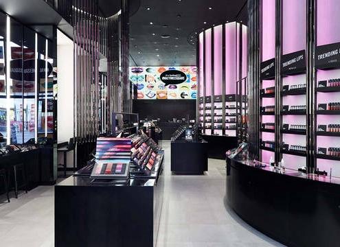 custom-acrylic-display-racks-in-cosmetics-store